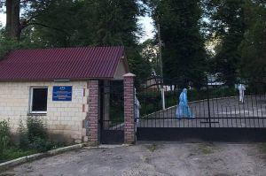 Хмельницкая область: Интернат на полной изоляции, въезды закрыты
