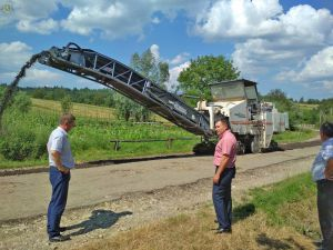 Во Львовской области запланировали рекордную сумму на ремонт дорог