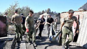 Луганщина: Згарища досі розбирають