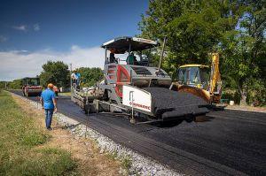 На дорогах — гаряча пора ремонтів