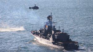 Пострадавшего моряка эвакуировали вертолетом