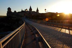 Кам'янець-Подільський: Екскурсоводів з «тіні» виводять в онлайн