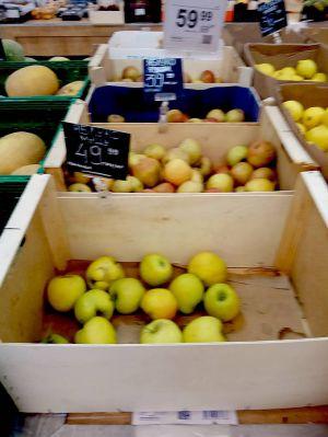 Хто лякає цінами на яблука