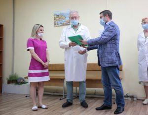 На Луганщині лікарні отримали необхідне обладнання