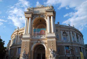 Одеський оперний театр виходить із карантину