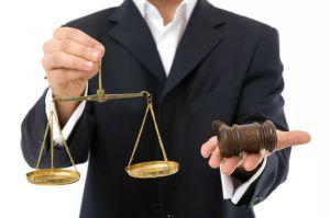 «Зарабатывать»  на всем — кредо  адвокатской верхушки?