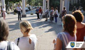 Львов: Каждая школа получит англичанина или американца