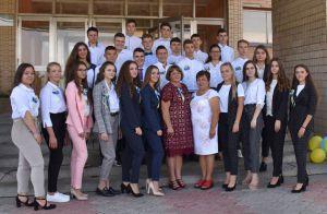 Черкасская область: Громада поддержала одиннадцатиклассников деньгами