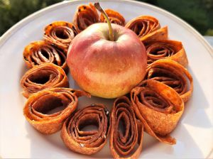 Равлики-спіральки з яблук