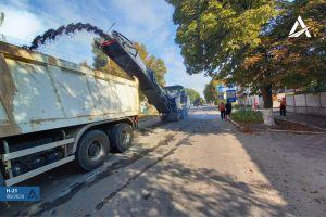 Луганщина: Ремонтируют трассу, имеющую значение  для сообщения между областями