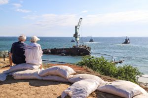 танкер «Делфи»  поднимут в присутствии Президента