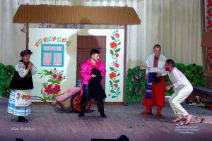 Черниговщина: Корюковский городской голова сыграл в спектакле