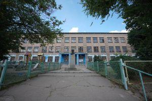В Запорожье школа дождалась внимания