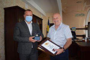 Олександр Данильчук вручив нагороди до Всесвітнього дня благодійності