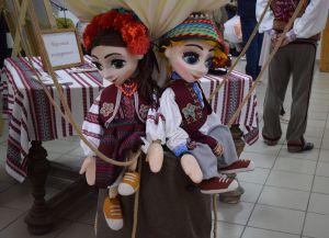 Закарпатье: Кукольный театр показал своих актеров