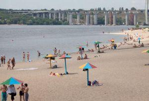 В Запорожье пляжи вновь открыли для купания