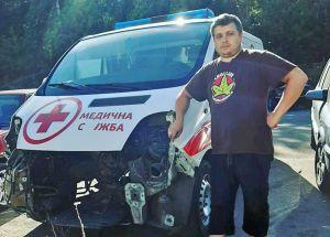 На счету волонтера — десять отремонтированных автомобилей