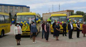 Луганщина: Автобуси мають возити школярів відремонтованими дорогами