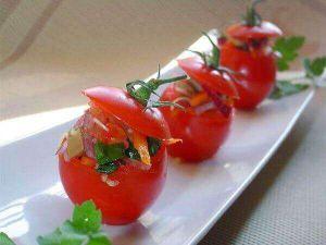 Начинені помідори