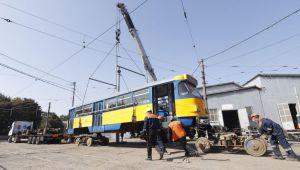 У Дніпрі на маршрутах більшає європейських трамваїв