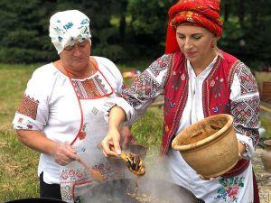 Рівненщина: Разом створили етнографічний музей