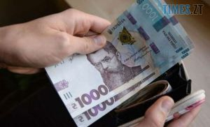 Житомирщина: Должны больше, а платят меньше
