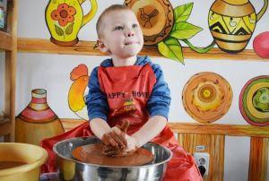 Черкасчина: Реабилитация с глиной в руках