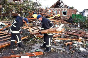 Кировоградщина: Ликвидируют последствия урагана