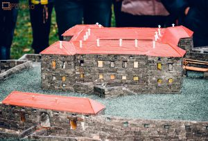 Музей мініатюр:  у графському палаці з'явилися  малі замки