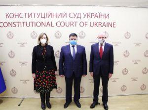 Голова Конституційного Суду України Олександр Тупицький провів зустріч з дипломатами