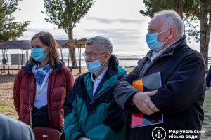 Очистити воду та реконструювати пляжі допоможуть французи