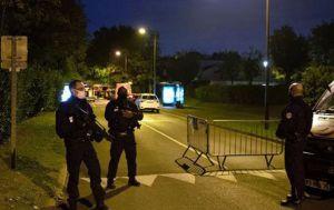 Подозреваемый в убийстве трех человек жил во Франции нелегально