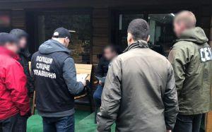 Буковина: Взятка за уклонение от призыва. Посредника задержали