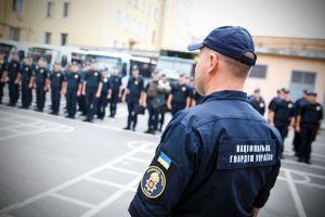 Ривное: Гвардейцы активно помогают полиции