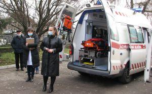 Житомирщина: Ко Дню волонтера — реанимобили для медучреждений