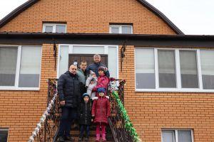 Житомирщина: Малечу зігріють батьківським теплом