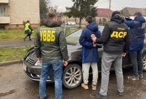 Закарапатье: Чиновника  задержали  за содействие  контрабанде