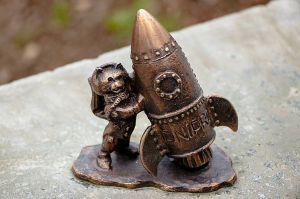 Днепр: Установили мини-скульптуру