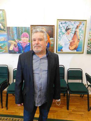 Рівненщина: Картини художника розмістили  в замку
