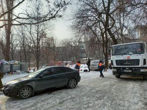 Запоріжжя: Приватні авто блокують спецтранспорт