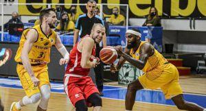 Баскетбол: Збірній потрібні свіжі сили