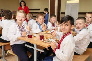 Одесса: С апреля школьников будут кормить по-новому