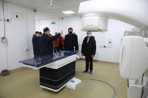 Тисячі хворих чекають на новий лінійний прискорювач