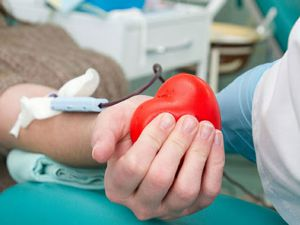 Днепропетровщина: Больницы обеспечены запасами крови