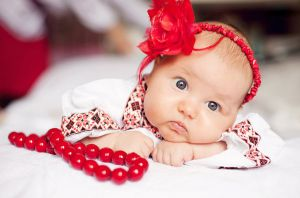 Хмельницький: Вишиванки для немовлят об'єднують країну