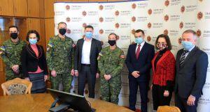 Львов: Канадцы передают опыт нашим бойцам