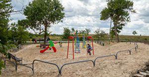 Харків: На місці сміттєзвалищ — дитячі майданчики