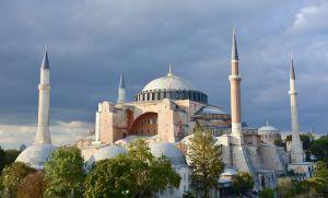 Туреччину знову закликають повернути Святій Софії статус музею