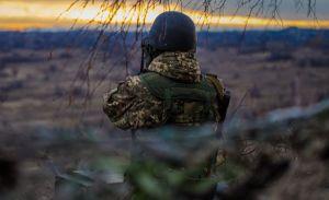 Враг лупил из минометов вблизи Ледебинского
