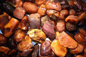 Рівненщина: З бурштинових аукціонів уже отримали 34 мільйони гривень